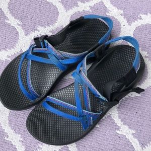 Chaco with blue straps vibrant size 8